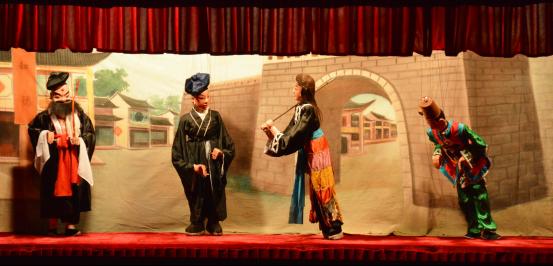 我校开展地方艺术进校园活动——客家木偶戏专场